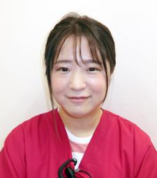 歯科医師:石田奈津紀