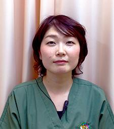 歯科医師:瀬川明子